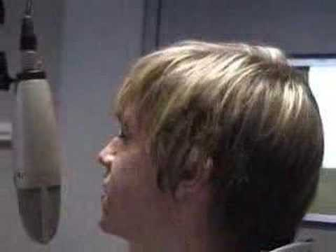 jesse mccartney singing she's no you love on a radio station