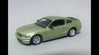 FORD MUSTANG GT 2005 - 1/72 SC…