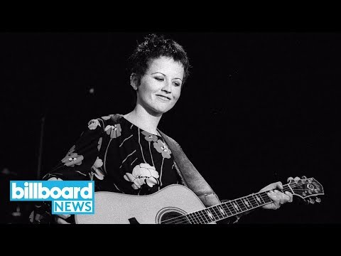 Singer Dolores O'Riordan Cause of Death Revealed: Drowned in Bathtub After Drinking   Billboard News