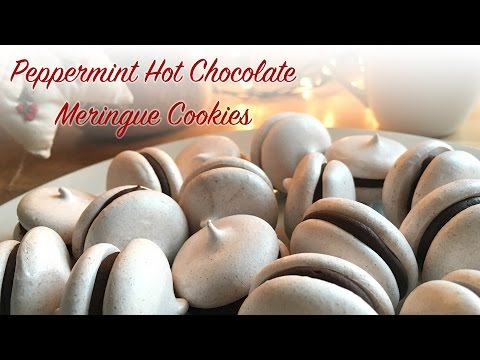 Peppermint Hot Chocolate Meringue Cookies!
