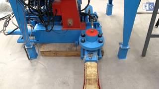 видео Пресс  для производства брикетов из  опилок, шелухи, лузги, соломы