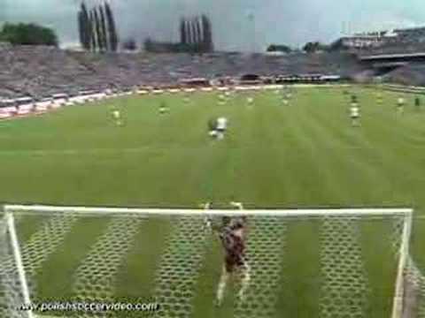 Colombian goalie goal