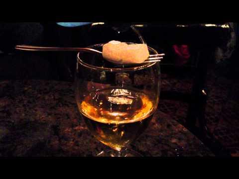 Mike Elgan drinks Absinthe in Barcelona