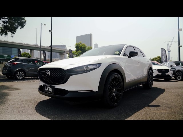 City Mazda CX-30   4K