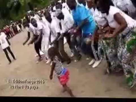 Djo Mambou à TChikapika avec Jean Didier Elongo