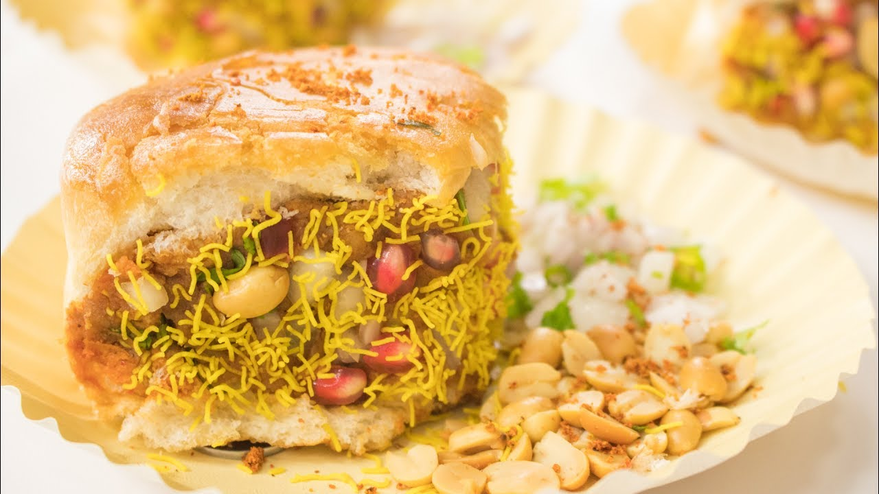 Dabeli recipe how to make gujarati kacchi street style double dabeli recipe how to make gujarati kacchi street style double roti recipe street food forumfinder Images