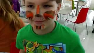 Никита и аквагрим в торговом центре  Видео для детей