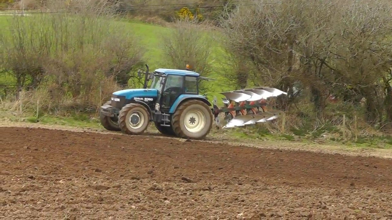 Ploughing 2016 - New Holland 8360 & Tm150