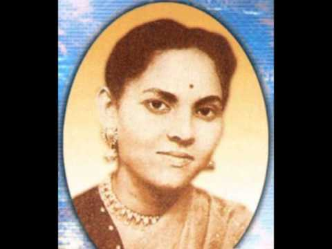 Andhare Pradip Mor Tobu Jege Roy........Gayatri Basu