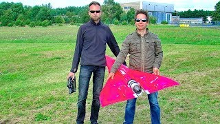 PHENOMENAL INCREDIBLE RC SPEED !!! OVER 700 KMH !!! INFERNO RC TURBINE MODEL JET FLIGHT AT THE LIMIT