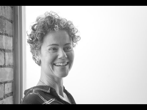 Meet Dr Paula Moore - Online Posture Doctor