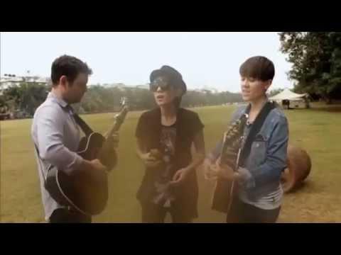 Tegan and Sara - On Directing, Get Along (India)