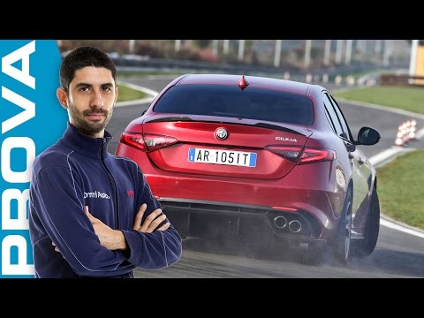 Alfa Romeo Giulia Quadrifoglio   La prova in pista [ENGLISH sub]