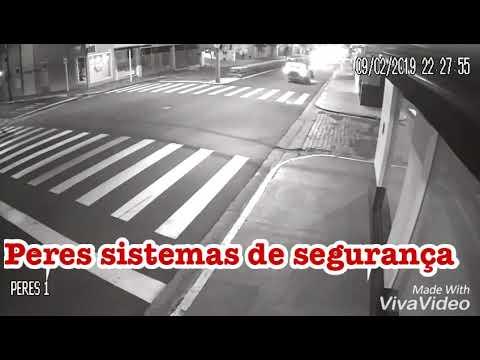 Botucatu  Vídeo flagra momento que motorista capota carro na Avenida Dom  Lúcio  assista 85efa66789