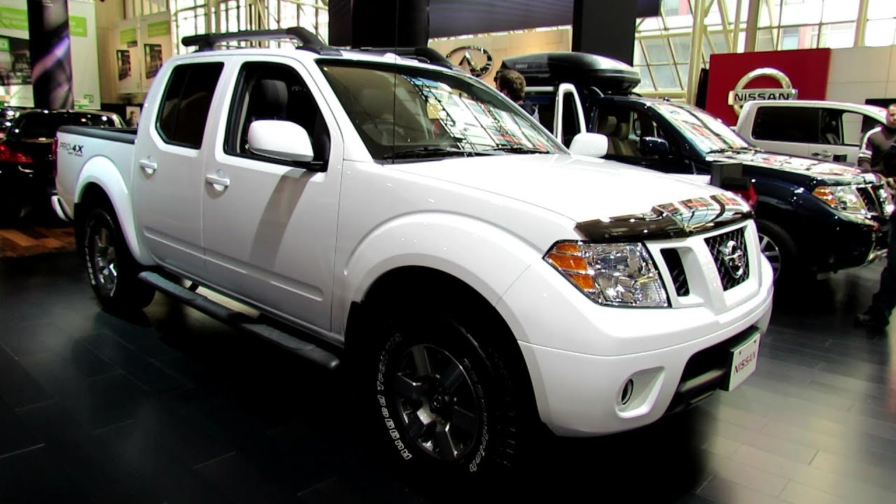 2012 nissan frontier pro 4x off road exterior and interior at 2012 toronto auto show youtube. Black Bedroom Furniture Sets. Home Design Ideas