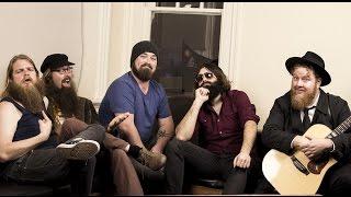 Robin interviews The Beards