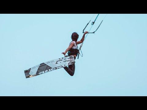 Kitesurfen mit uns auf MAURITIUS   Travel Cinematic Vlog #146
