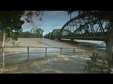 L'Australia trema per le alluvioni. Vittime e rischio-crolli nel Nord-Est