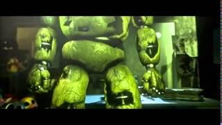 - Танцующие аниматроники под песню чёрный пестолет