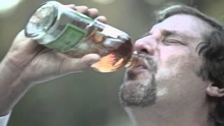 アメリカ南部の片田舎の小さな町。ハロルド牧師は酒浸りの日々を過ごし...