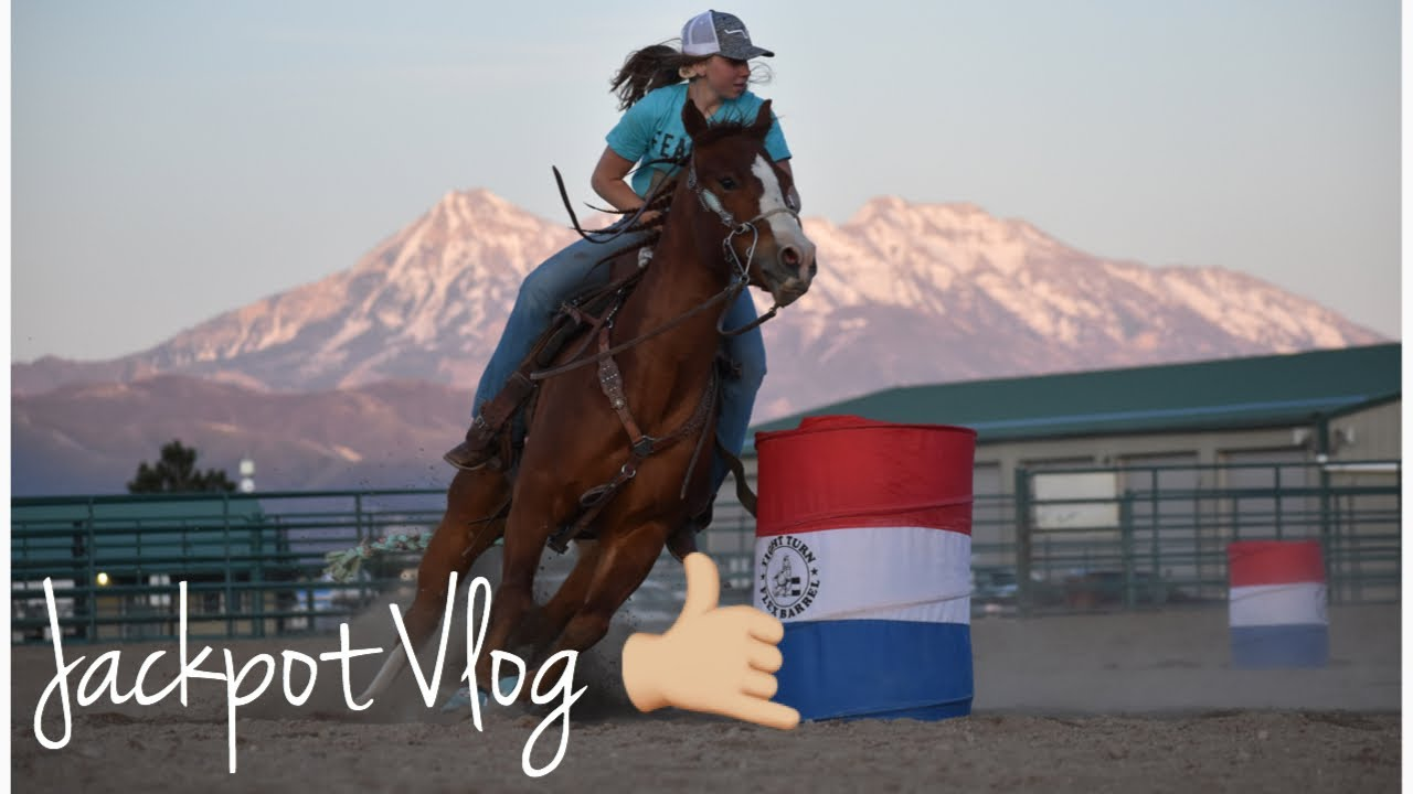 Jackpot Vlog On My Young Horse! Huge Improvements! || Camo Cowgirl