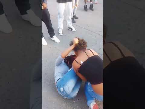 Girls fight