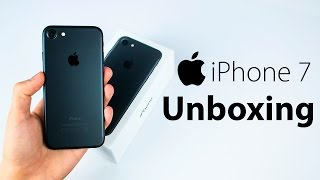 iPhone 7 - EPIC Unboxing & First Impressions! (Matte Black) thumbnail