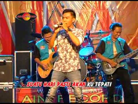 Gery Mahesa - Dengarlah Bintang Hatiku (Official Music Video)