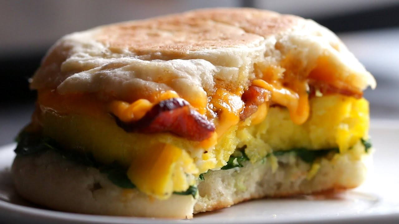 Microwave Egg Sandwich: