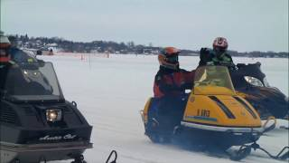 Waconia 2011 - Vintage Snowmobile Ride