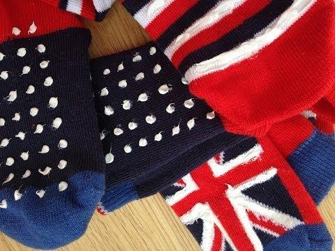 Cómo hacer calcetines antideslizantes - YouTube