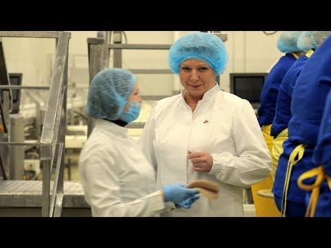 Алла Романович - заместитель начальника цеха по производству – в телевизионном проекте «Санта рядом»