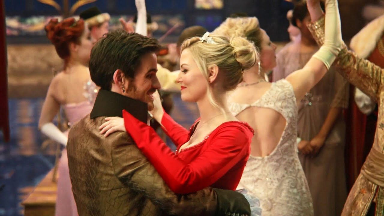 once upon a time season 2 captain hook and emma Killian jones, better known as captain hook, formerly known as the dark one, and briefly known as prince charles, is a character on abc's once upon a time he débuts in the fourth episode of the second season.