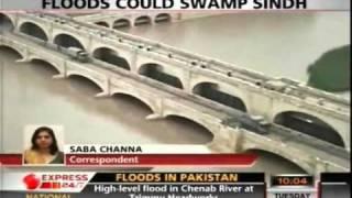 Sukkur Barrage in Danger Zone-Express News.flv