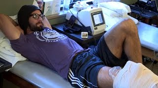 Seth Rollins begins physical therapy on his knee: WWE.com Exclusive, November 25, 2015