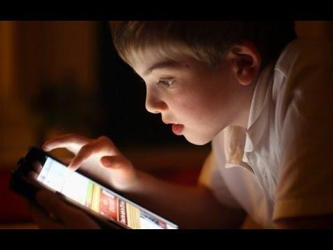 Celulares e tablets atrapalham o sono | Redação NT