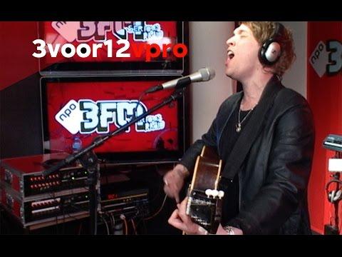RHODES - Close Your Eyes Live bij 3voor12 Radio