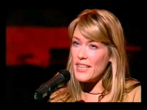Cerys Matthews - Keep The Home Fires Burning (Live)