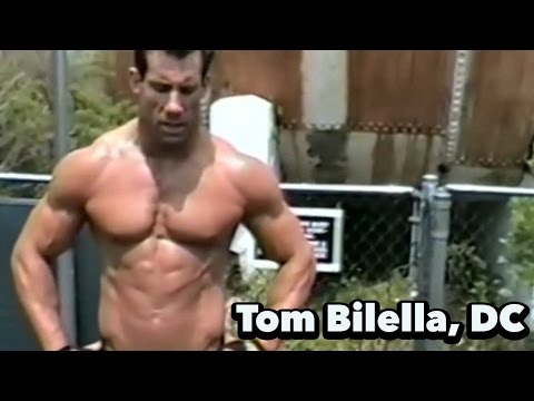 Ketogenic Diets, Carb Timing & Building Muscle w/ Dr. Tom Bilella