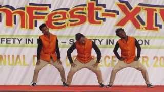 aankh mare wo ladka ankh mare   Conquest Dance Crew   worlds of wonder noida sec 18