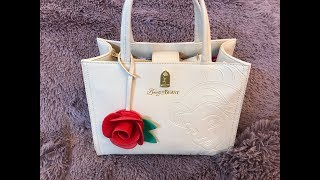 What's in my Disney Loungefly Beauty & The Beast Belle Satchel Bag