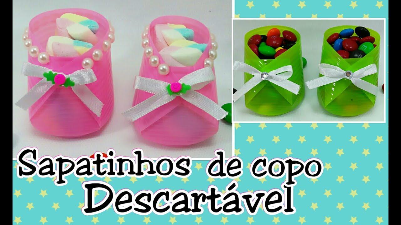 Armario Multiuso Magazine Luiza ~ Sapatinho para chá de beb u00ea chá de fraldas usando copo