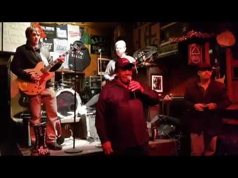 Willie Buck - B.L.U.E.S. on Halsted - Chicago - Jan. 29th 2017 Mp3
