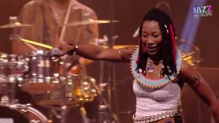 Fatoumata Diawara - LIVE