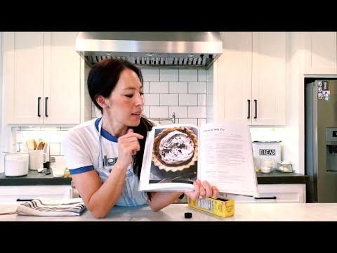 french-silk-pie-with-joanna-gaines-|-magnolia-table,-vol.-2
