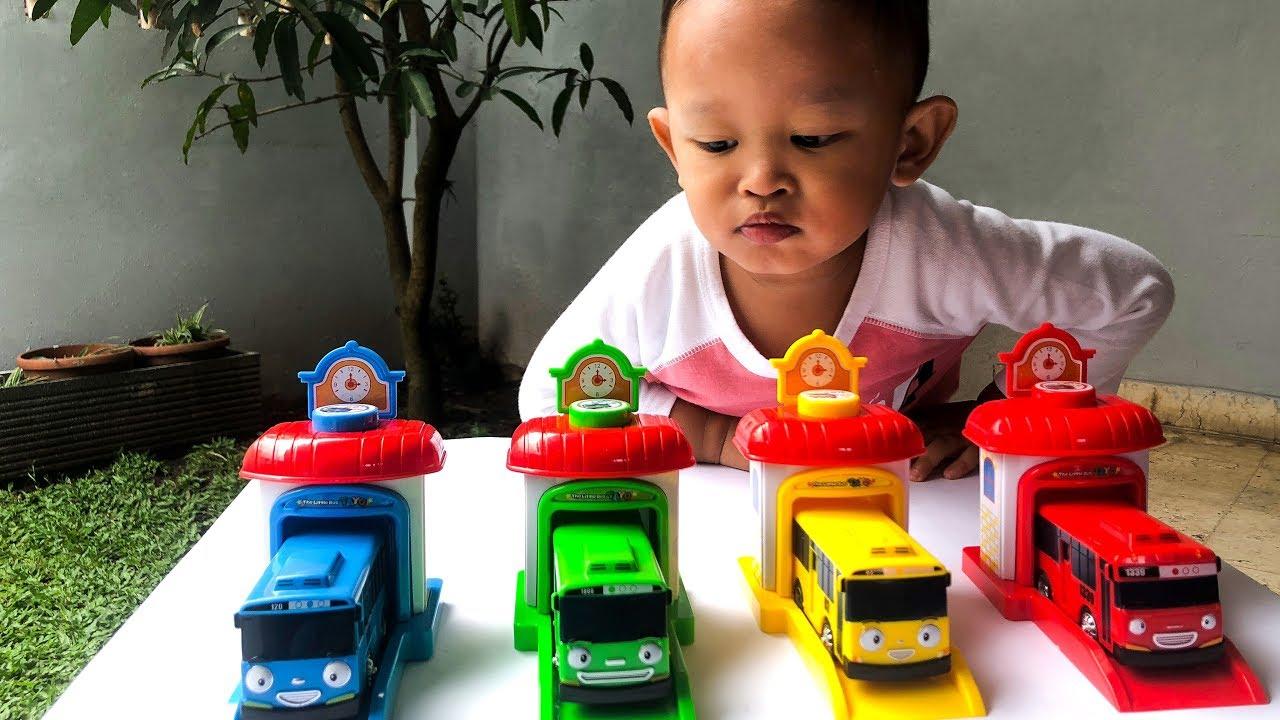 Gemes Lihat Agha Main Tayo The Little Bus Ditemani Papah Youtube