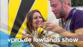Eva Crutzen en Tim in De Lowlands Show - Afl. 3/8