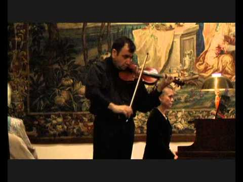 Anatoly Karaev plays Carmen Fantasy by Waxman.wmv