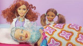 Barbie ve Ailesi Bölüm 164 | Anneannem Ölüyor - Çizgi film tadında evcilik oyunları