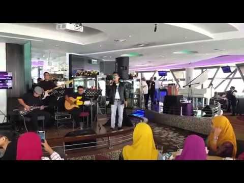 Medley Paling comel, Mainan cinta, Gurauan berkasih-(Sitinordiana feat Awis spin)